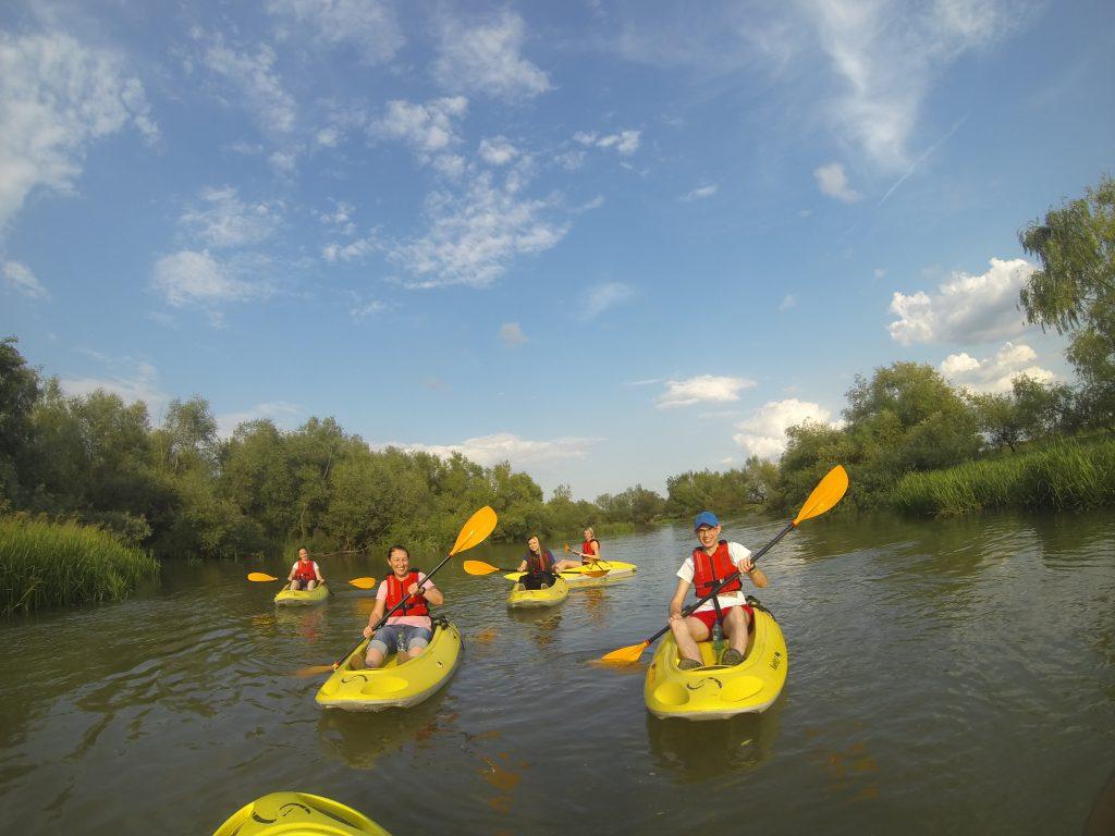 Team Infobest kayaking
